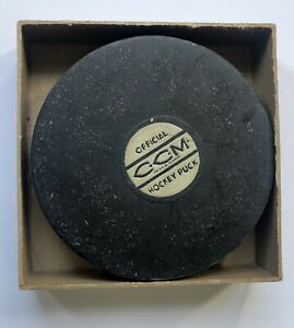 1940s Antique Official CCM Hockey Puck NHL Vintage in Original Box