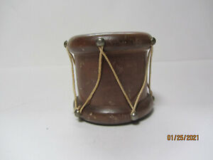 VINTAGE WOOD COLONIAL DRUM SHAPED TOOTHPICK HOLDER