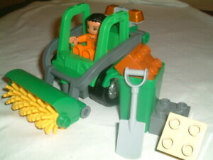 Lego Duplo 4978 Road Sweeper 100% complete without box