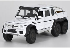 Diecast MERCEDES G 63 AMG 6x6 White 1-24 Diecast Model Car by WELLY