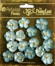 Forget Me Nots ROBYN EGG BLUE 16 Paper Flowers 20-24mm across Penny Lane Petaloo