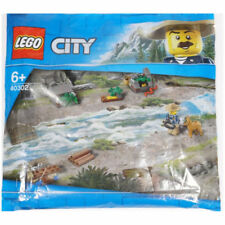 Lego 40302 Polybag Be My City Hero Park Ranger and Raft NEW POLYBAG