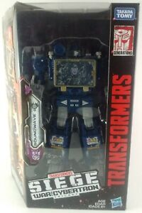 Hasbro Transformers Generations War for Cybertron Voyager WFC-S25 Soundwave