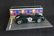 QSP Diorama 1:18 Starting grid with wall and railing (Red Bull)