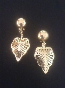 Vintage Style Gold Dangly Intricate Leaf Earrings. Womens Gold Leaf Jewellery.