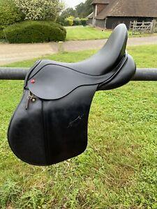 Albion Legend K2 Adjusta gp saddle 17.5 Medium Black