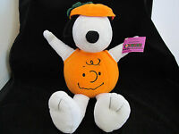 Hallmark Snoopy Pumpkin Charlie Brown Peanuts Plush Toy