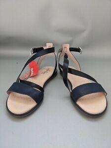 Clarks Bay Rosie Navy Flat Sandals Boxed Size 4