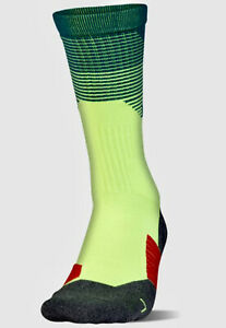 UNDER ARMOUR ArmourGrip Quirky Lime Crew Training Socks Mens L 8-12 Women 9-12