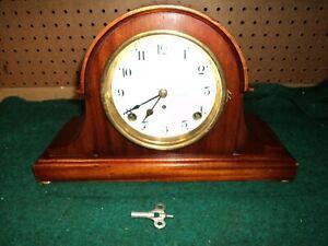 Vtg  Antique USA Seth Thomas Mantle Clock w/ key