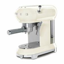 SMEG ECF01CREU Espresso-Kaffeemaschine mit Siebträger 50`s Retro Style Creme