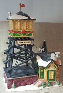 RETIRED Lemax Holidays & Seasons. Eagle's Nest Fire Lookout. #24818 c.2002