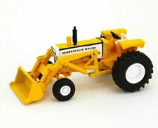 Minneapolis Molene G940 Wide Front Tractor With Loader  1:64 SpecCast SCT 700