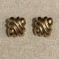 Vintage Gold Ridged Design Clip Earrings