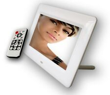 7 inch Digital photo frame with 4GB internal memory and remote control