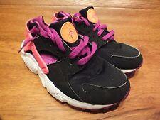Nike huarche RUN Negro/Púrpura Casual Zapatillas Size UK 4 EU 36.5