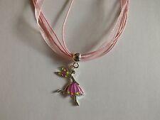 collier organza rose avec pendentif fée colorées