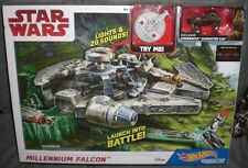 Mattel Hot Wheels Star Wars Episode 8 Millennium Falcon Playset DWM85