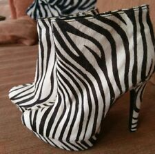 Steve Madden Zebra Black/White Cowhide Fur Platform Ankle Boot Booties Sz 7.5