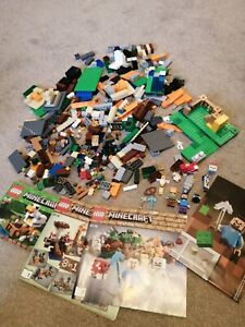 Lego Minecraft - The Chicken Coop (21140) and Crafting Box (21116)