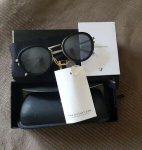 BNWT Linda farrow black/Round sunglasses purchased from the outnet