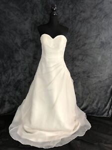NEW WEDDING DRESS BRIDAL GOWN BY JULIAN AND ADAM  SIZE 14-16 ,RRP £999