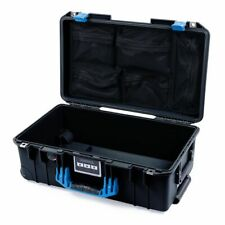 BLACK & BLUE Pelican 1535 Air Case con coperchio organizer. con ruote.