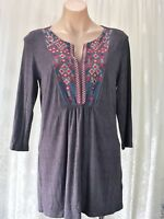 BLUE ILLUSION SIZE M EMBROIDERED STRETCH TUNIC TOP