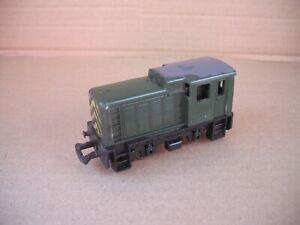 Jouef P838 HO / OO Gauge North British 0-4-0 Diesel Shunter D2705 Green Livery