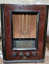 radio Ducretet-Thomson modèle 736
