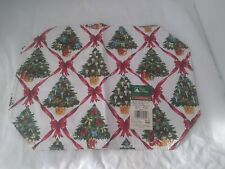 Holiday Vinyl Placemats (Lot of 4 identical)~Christmas Trees