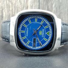 VINTAGE SEIKO 7009 AUTOMATIC MEN'S WRIST WATCH. BEAUTIFUL BLUE DIAL. SQUARE