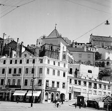 PORTUGAL c. 1950 - Auto Maisons Place Commerces Coimbra - Négatif 6 x 6 - Por 42