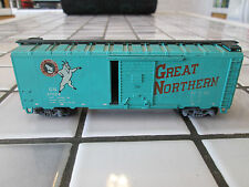 athearn great northern 40 foot box car HO scale sprung trucks