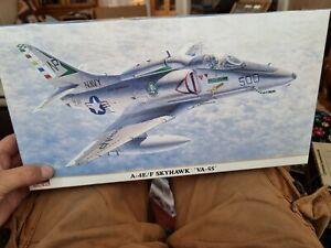 A-4E/F SKYHAWK, HASEGAWA HOBBY KITS 08063 US NAVY AIRPLANE. NEW, UNUSED