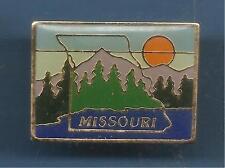 Pin's pin USA PAYS D'AMERIQUE MISSOURI (ref 084)