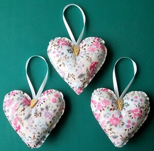 3 x LARGE VINTAGE FLORAL HANDMADE SHABBY CHIC HANGING FABRIC HEARTS