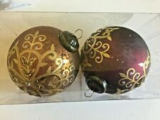 2 Burgundy Gold Antique Look Christmas Shatter Resistant 4 Inch Ornaments