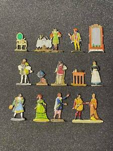 Flat tin soldiers, 13 figures, A set of figures of medieval people.