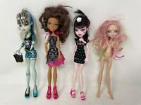 Monster High 4 Dolls: Draculaura, Clawdeen Wolf, Frankie Stein, Viperine Gorgan