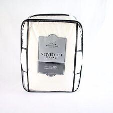 Berkshire Velvetloft Full / Queen Blanket Cream 90 x 90 A099