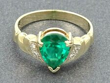 Sparkling EMERALD & DIAMOND 9ct Solid Yellow Gold RING