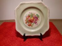 """Johnson Brothers Old English Green Fruit Plate Vintage Collectible """"Pretty"""""""