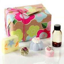Mr's Miracle Gift Geschenkeset von Bomb Cosmetics Badezusatz Seifen Bombe Pflege