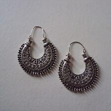 Boucles d'oreilles modèle créoles, style casual, hippie, métal argent, neuves