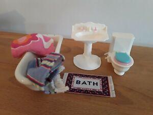 Dolls House Furniture Bathroom Set Bath, Toilet, Washbasin Towels and Mat