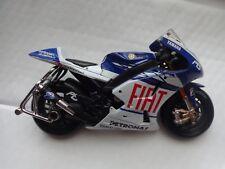 MAISTO 1/10 YAMAHA YZR-M1 - JORGE LORENZO #99 MOTO GP 2009 DIECAST BIKE