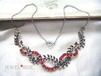 VINTAGE Adorable Vivid Red Ruby CRYSTAL RHINESTONE Garland Leaves NECKLACE