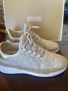 Michael Kors Finch MK Logo Lace Up Sneakers Size 6M . NIB