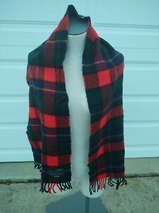 The Scotch House 100% Lambswool Plaid Scarf Scotland Red Green Blue Fringe